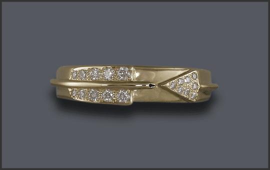 Women's 14k Custom Diamond Arrow Ring